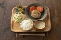 大人用豆腐と豚ひき肉のハンバーグ