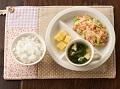 軟飯またはごはん、ベビーちゃんちゃん焼き、手づかみさつまいも、豆腐と小松菜のすまし汁